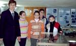 Марлена Любенова с младите астрономи от Силистра