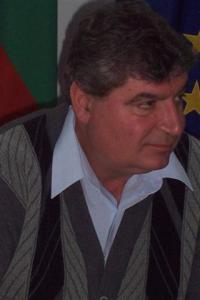 Иво Андонов