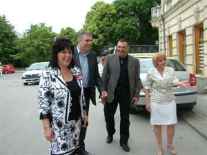 Ивайло Калфин и Антон Кутев със Светлана Великова /вляво/ и Нели Стоилова